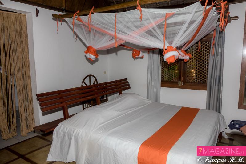 Ambre et Raïssa au Lodge-Hôtel Palmarium à Madagascar