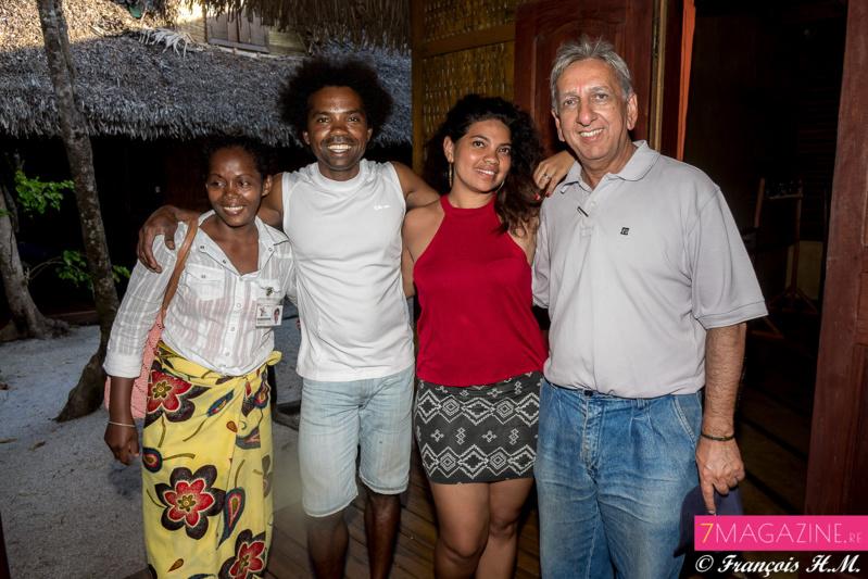 Olive, guide, Sylvain, gérant du Palmarium, Amina Mansoor et Aziz Patel