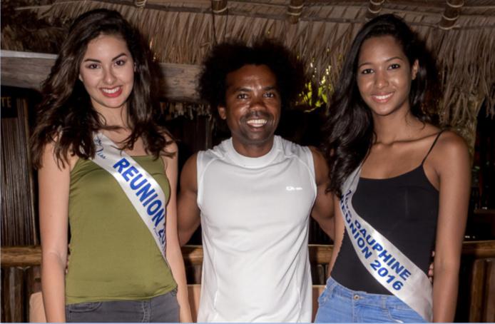 Les Miss avec Sylvain, le gérant de l'hôtel