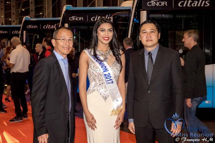 Jean-Jacques Funf, directeur général de la Sodiparc, Audrey Chane Pao Kan, et Willy Chane Pane, directeur des Transports Sodiparc