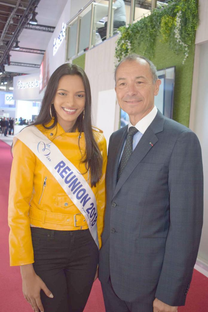 Morgane Soucramanien et Jean-Claude Girot, commissaire général du Mondial de l'Auto