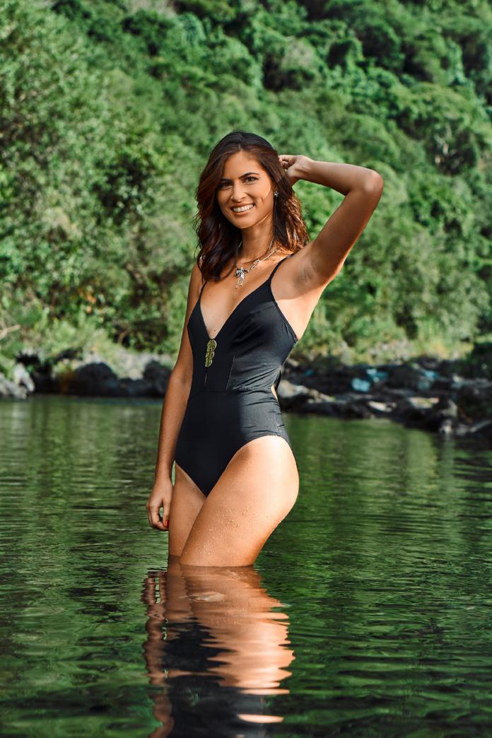 8. Adeline MERCIER - 24 ans, 1,75 m - Saint-Pierre
