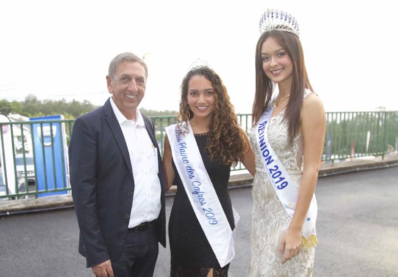 Aziz Patel, Ane-Laure Poret, Miss Plaine des Cafres 2010, et Morgane Lebon