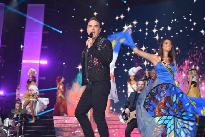 Robbie Williams sur la scène du Dôme