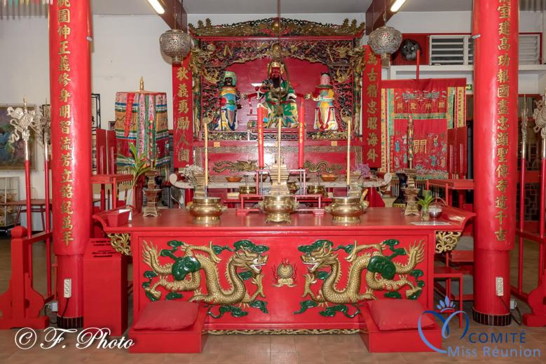Les candidates 2021 ont visité un temple chinois à Saint-Denis