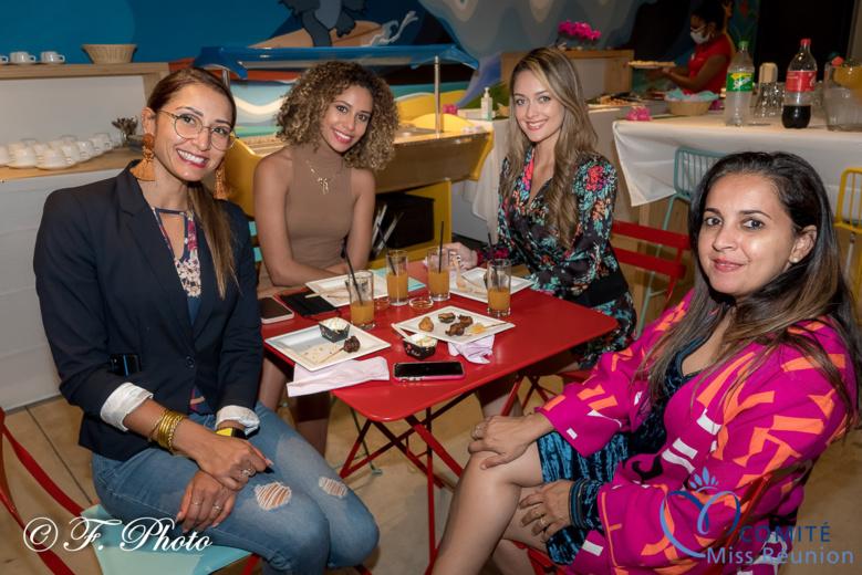 Raïssa Boyer, Lyna Boyer, Morgane Lebon et Amida Hussein