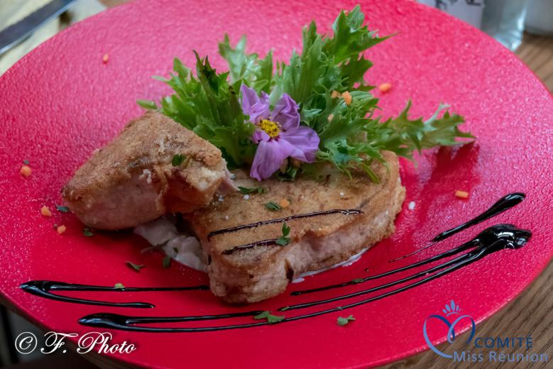 "Déjeuner chez ""Fleur de tartare""..."