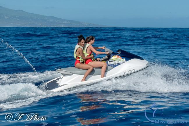 Les candidates Miss Réunion 2021 s'éclatent en jet ski !