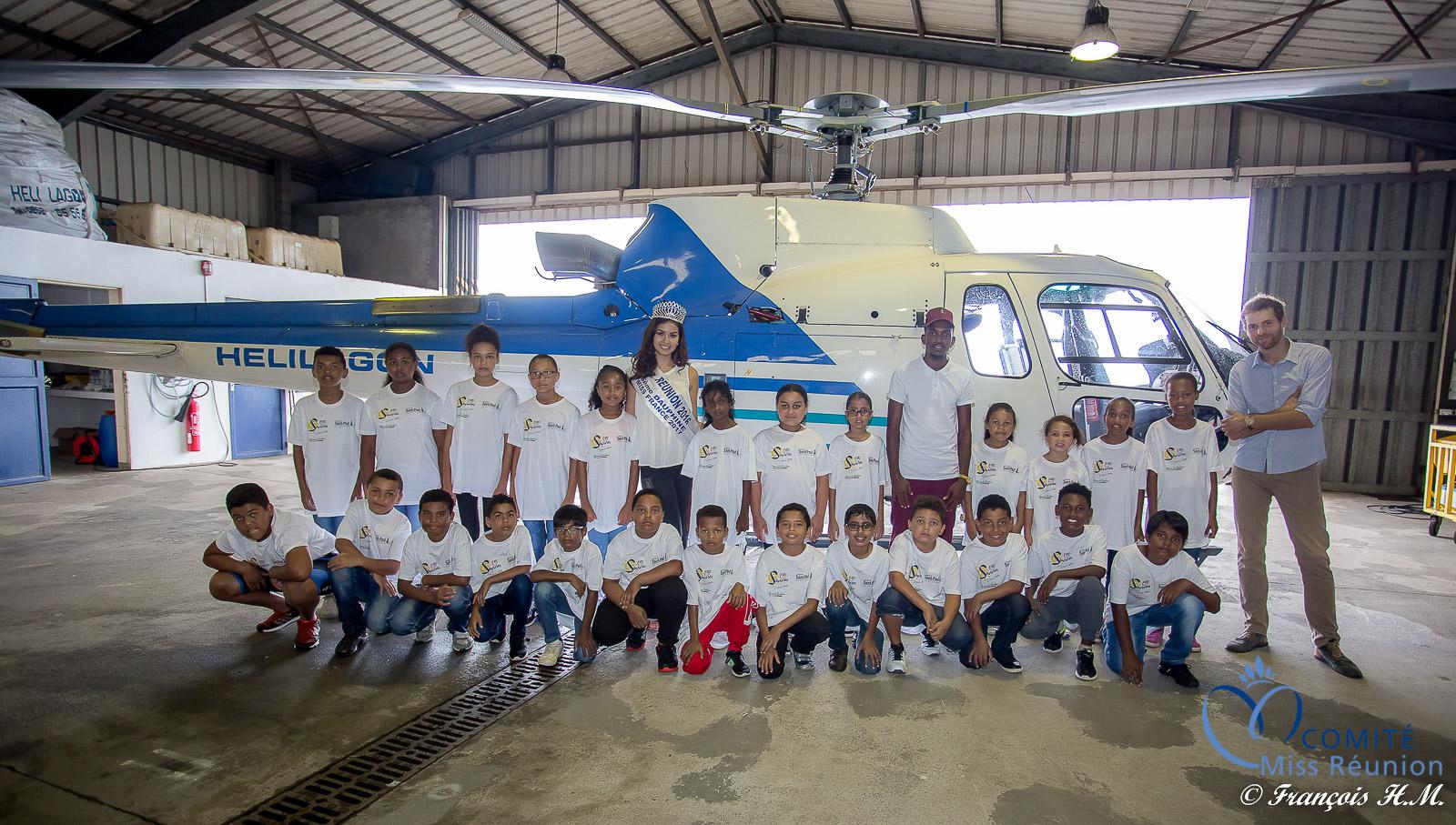 Miss Réunion en hélicoptère avec les enfants de 1000 Sourires
