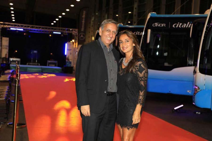 Aziz Patel et Lynda Martin