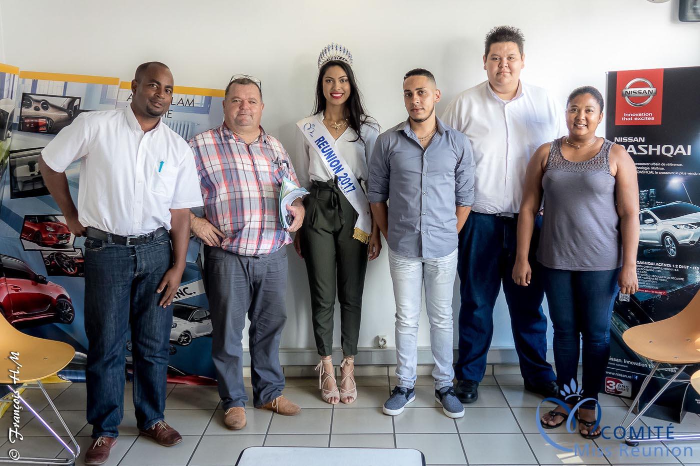 Miss Réunion a reçu les clés de son Opel Crossland X