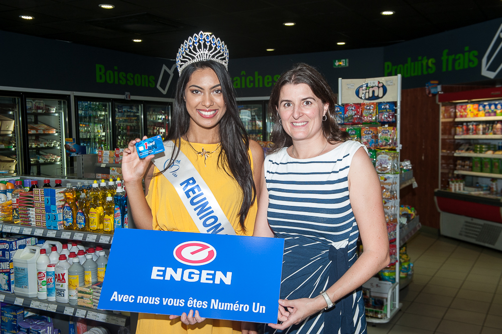 Engen Réunion lui a offert 1 000 euros de carburant, bon offert par Céline Prigent, directrice marketing