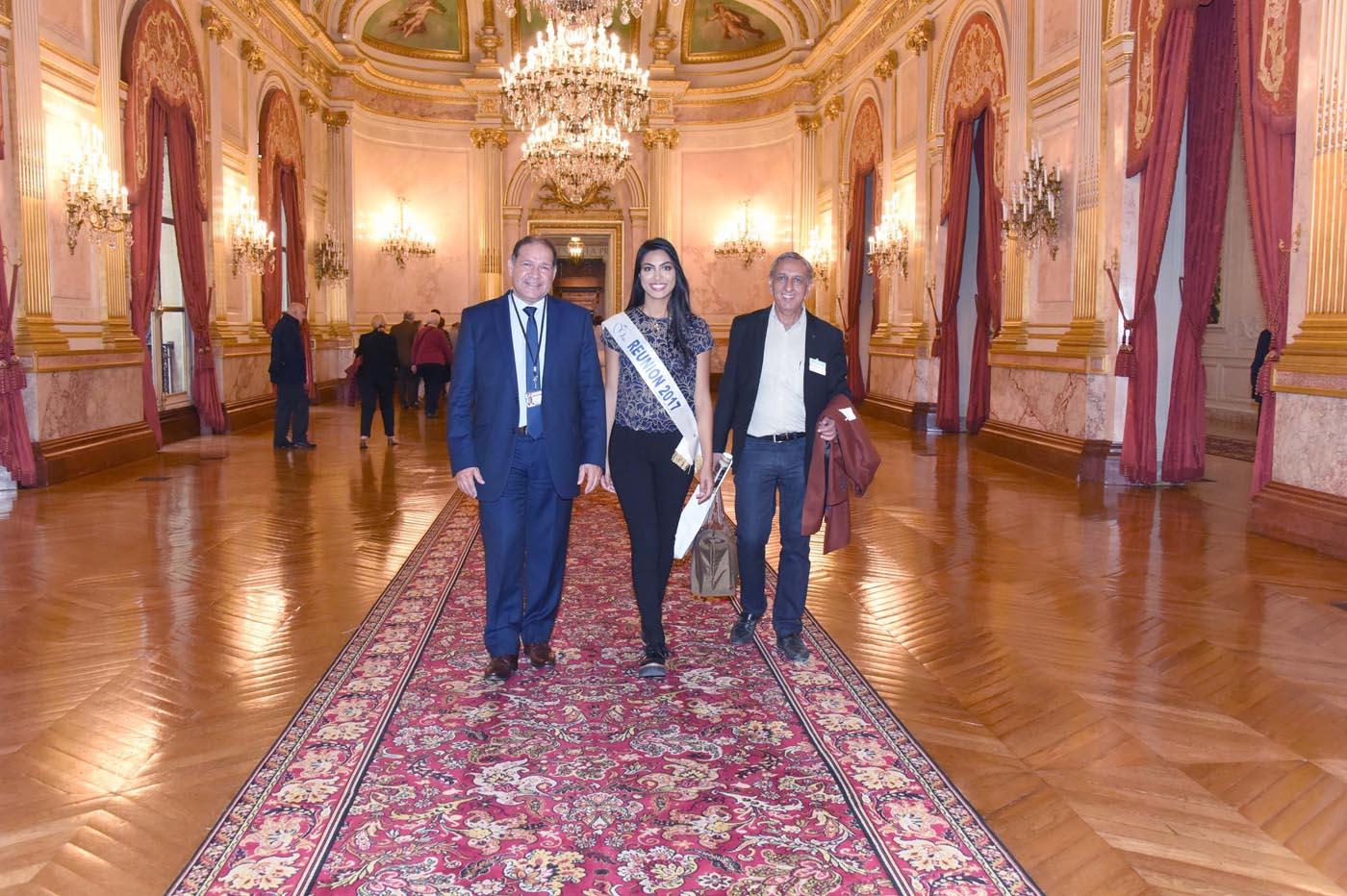 Dans les magnifiques salons du Palais Bourbon