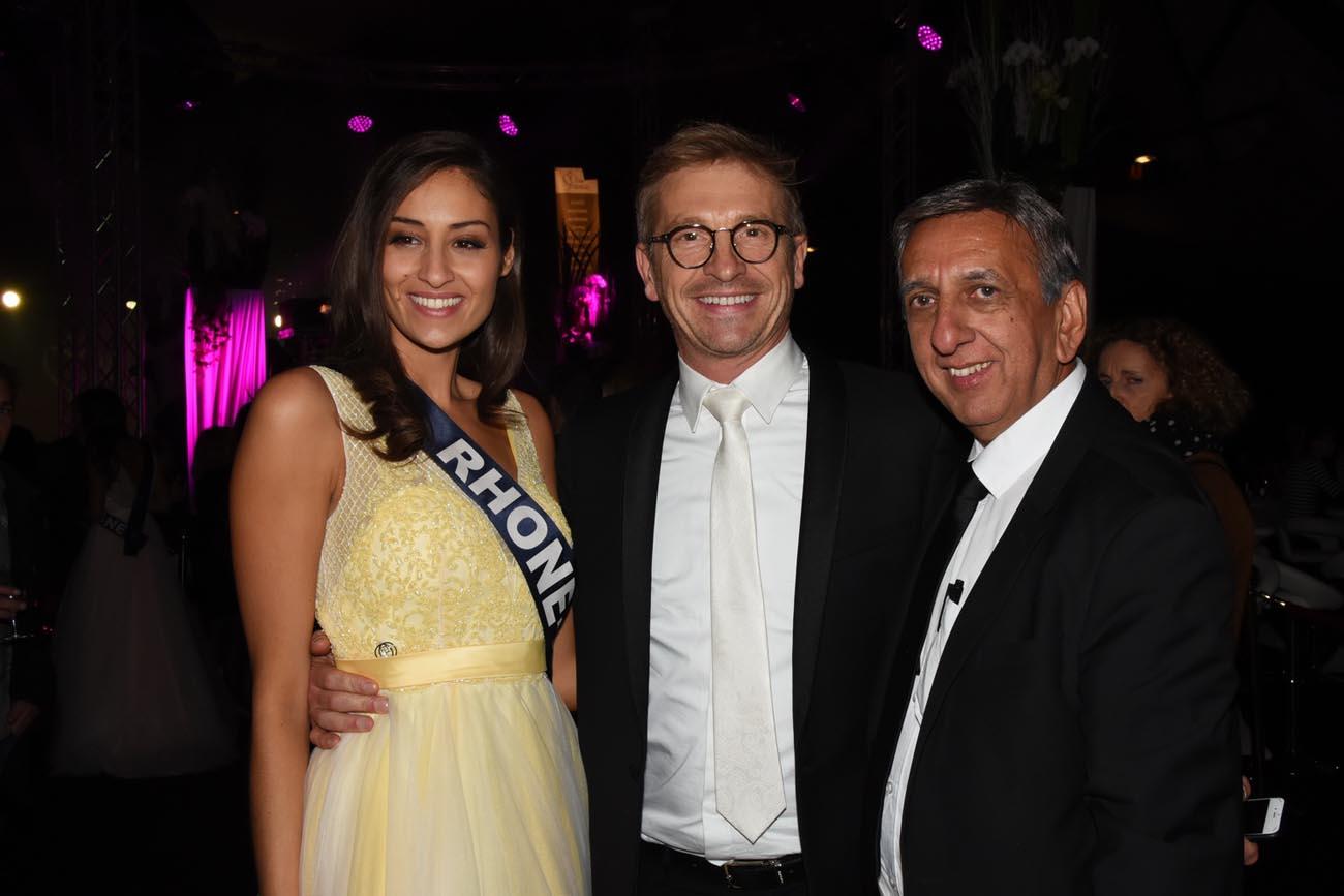 Dalida, Miss Rhône-Alpes, Olivier Noël de Miss France Organisation, et Aziz Patel, délégué Miss France à La Réunion