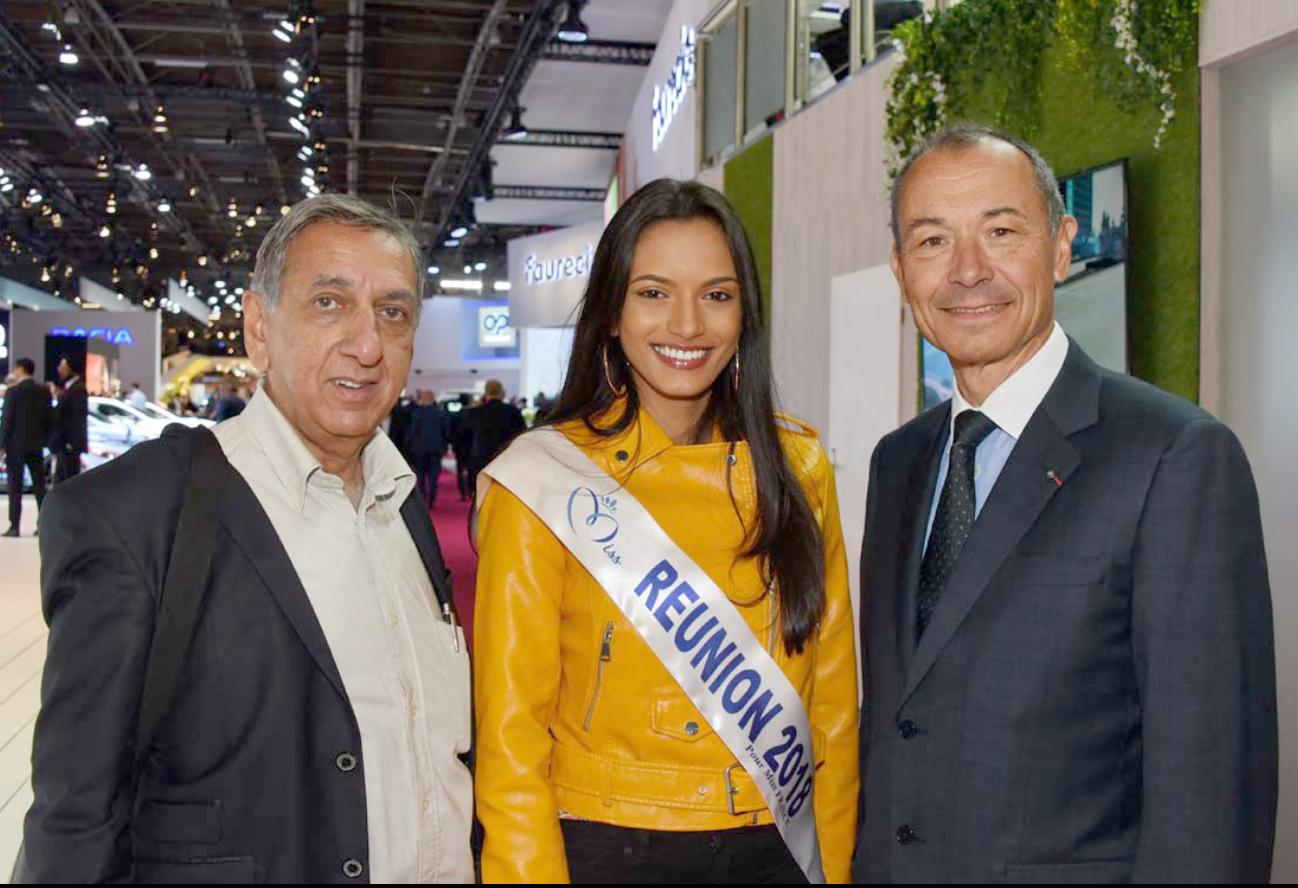 Aziz Patel, délégué Miss France, Morgane Soucramanien, Miss Réunion 2018, et Jean-Claude Girot, commissaire général du Mondial de l'Auto de Paris