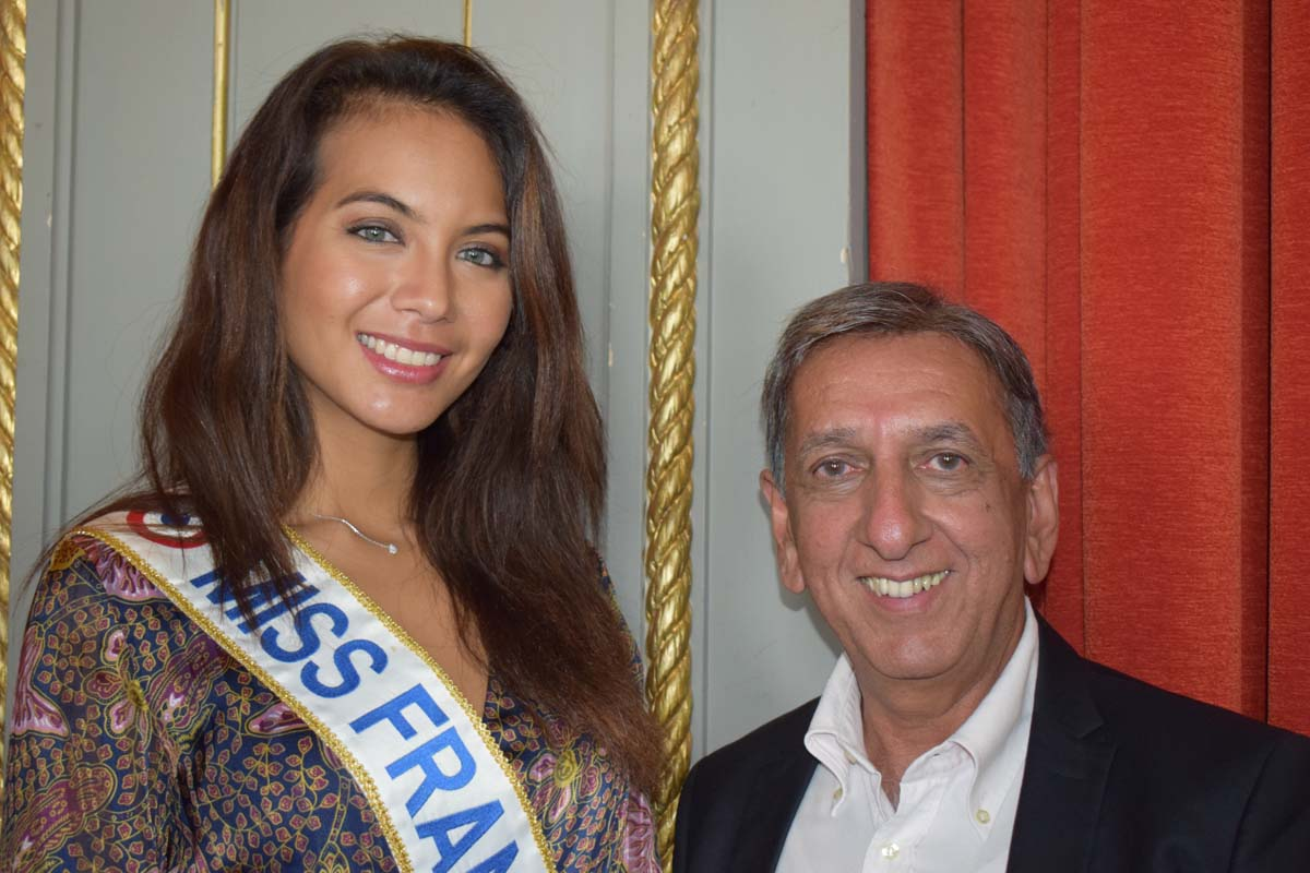 Vaimalama Chaves et Aziz Patel, délégué Réunion