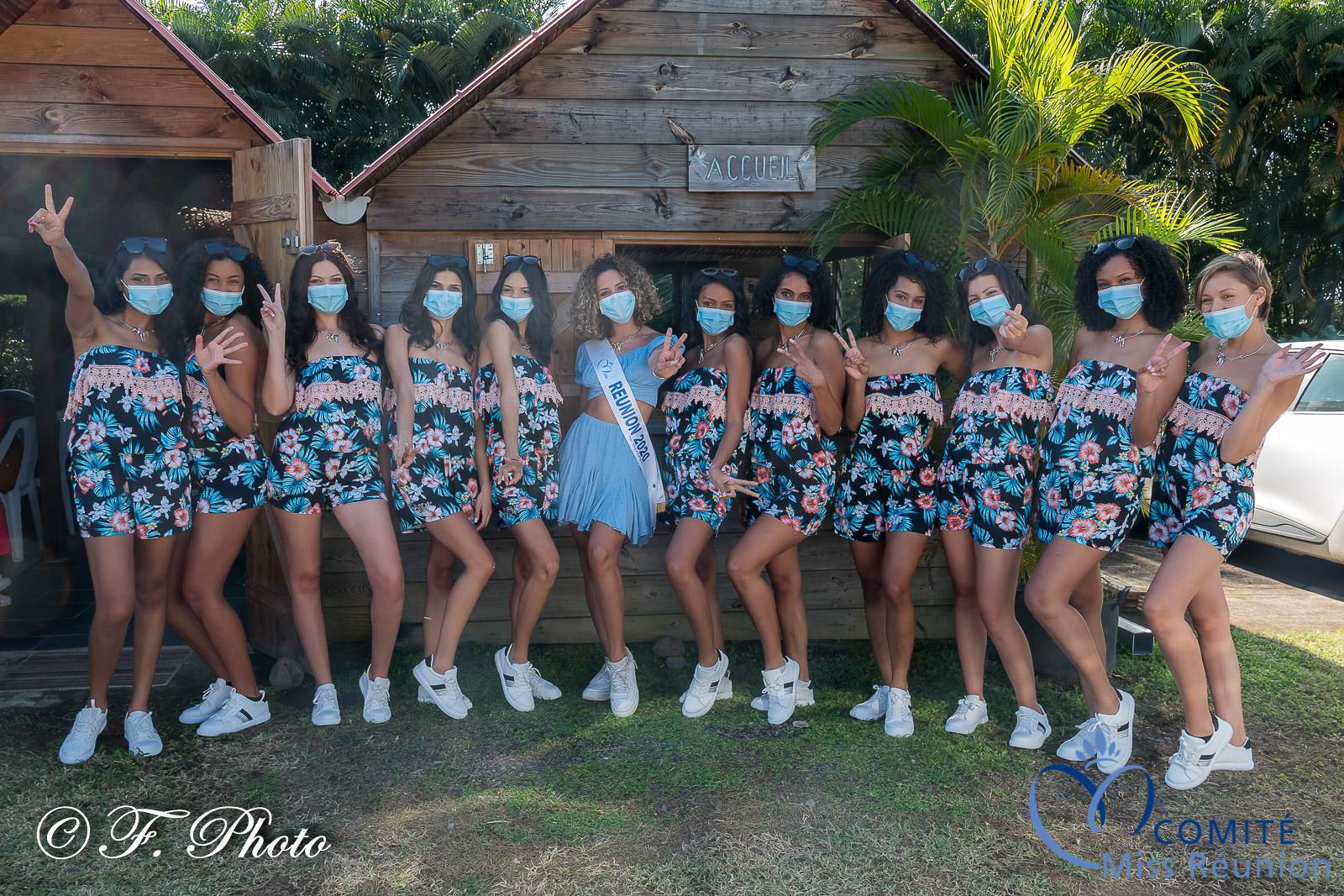 Les candidates avec Lyna Boyer, Miss Réunion 2020