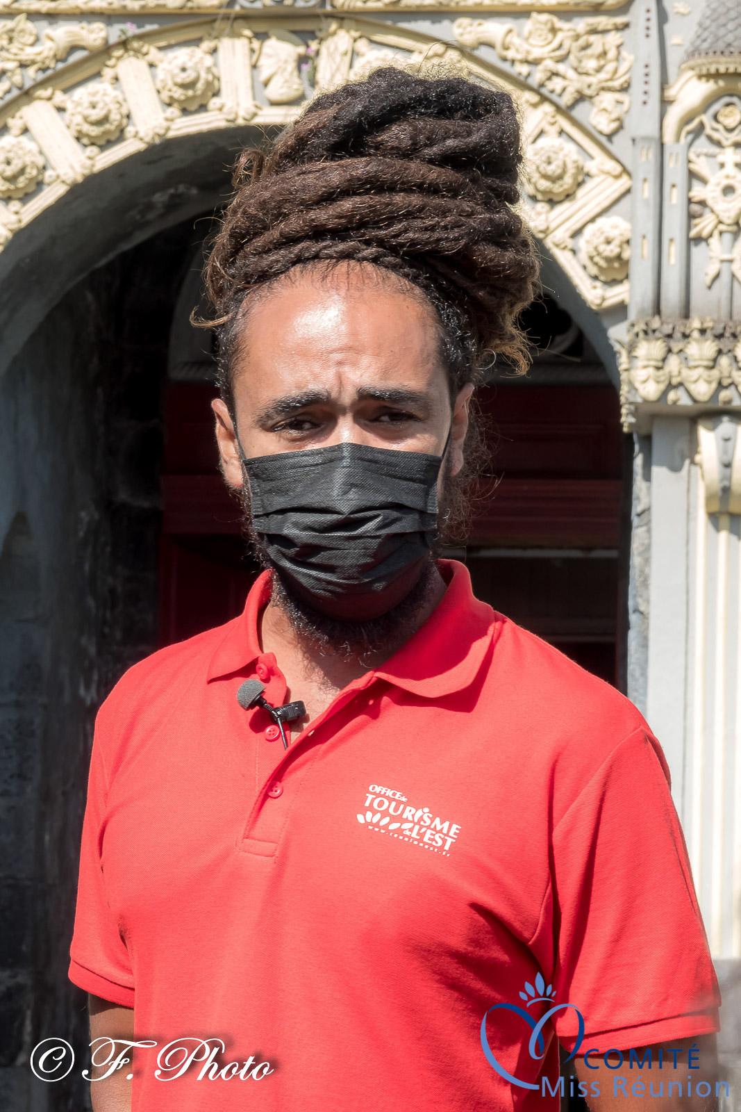 Jaïro, guide touristique à l'OTI-Est