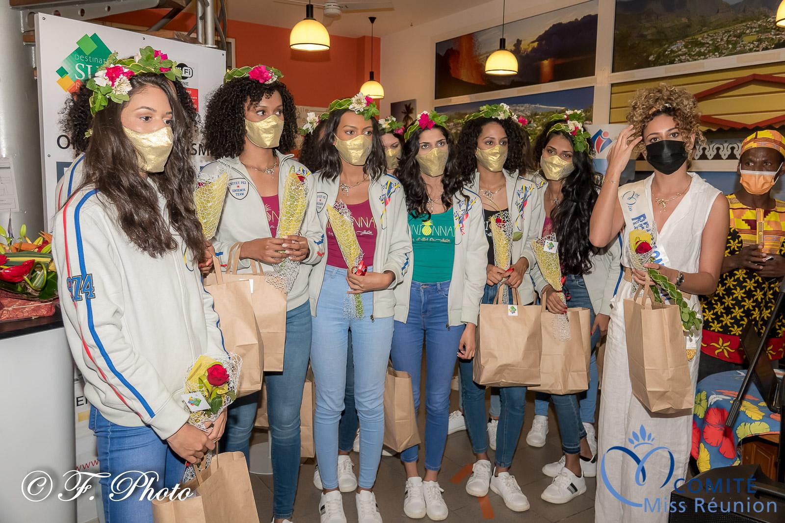 Couronne de fleurs et cadeaux pour les Miss