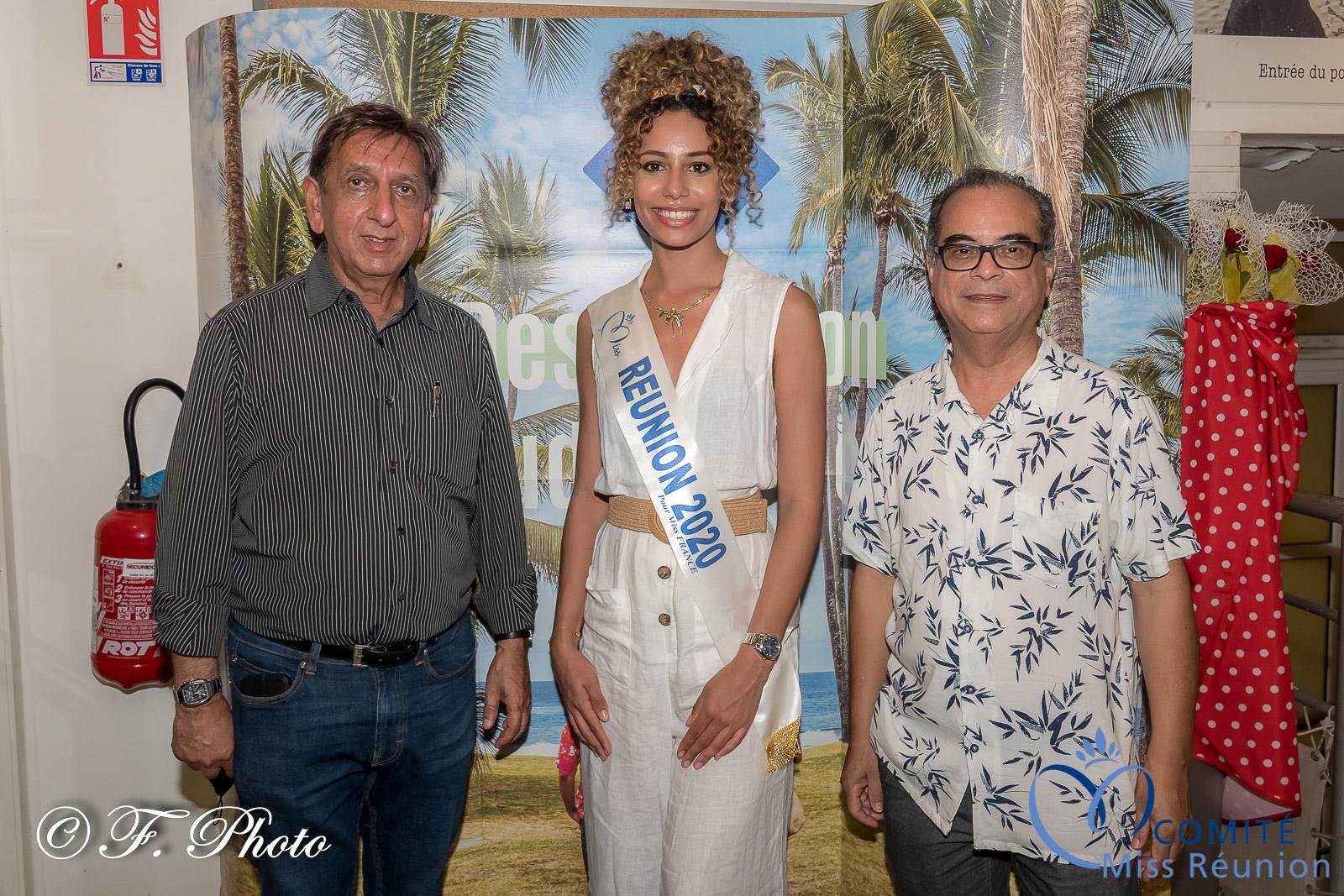 Aziz Patel, Lyna Boyer, et Gérard Argien, directeur général de la FRT