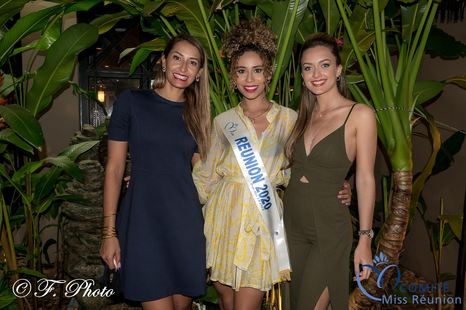 3 Miss Réunion réunies: Raïssa Boyer, responsable marketing et communication du Casino de Saint-Gilles, Lynae Boyer et Morgane Lebon