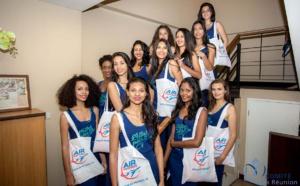 Massage thaïlandais pour les 12 candidates